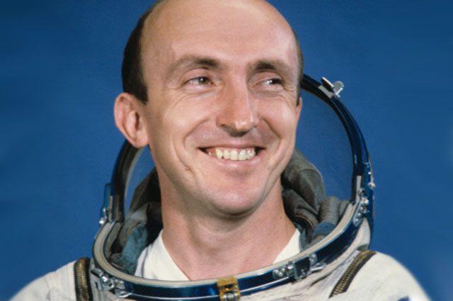 Космонавт Васютин Владимир Владимирович