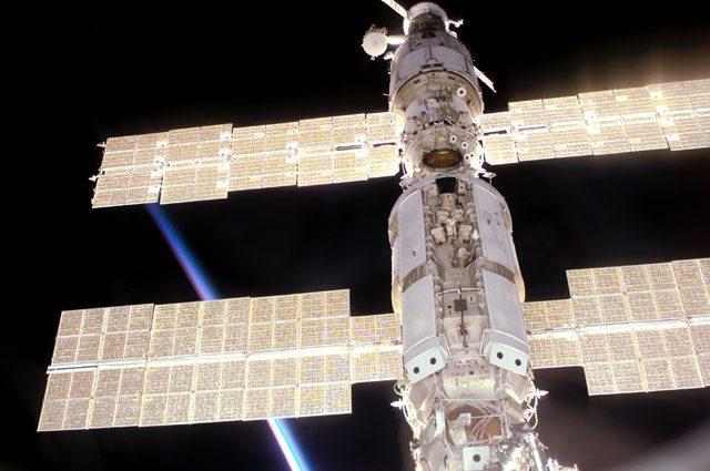 Солнечная батарея на МКС