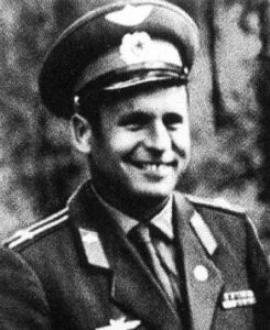 Виктор Горбатко в молодости
