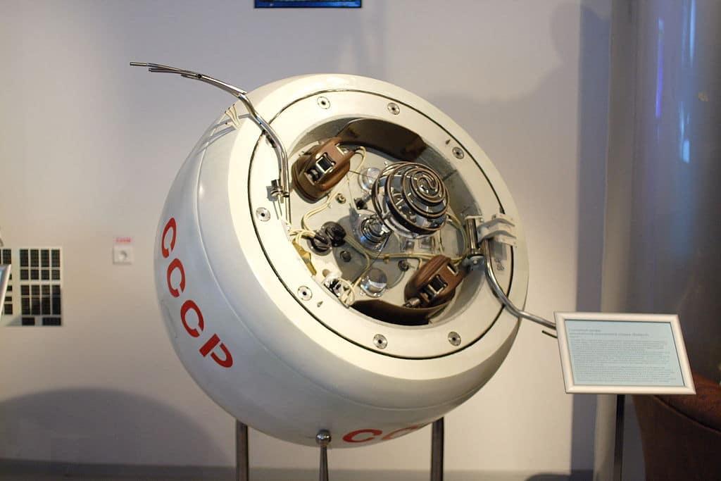 Спускаемый аппарат «Венера-4» в музее