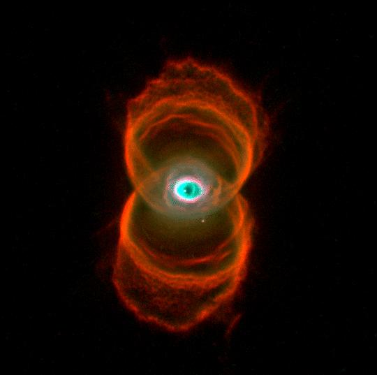 Планетарная туманность Песочные Часы расположена на расстоянии 8000 св. лет
