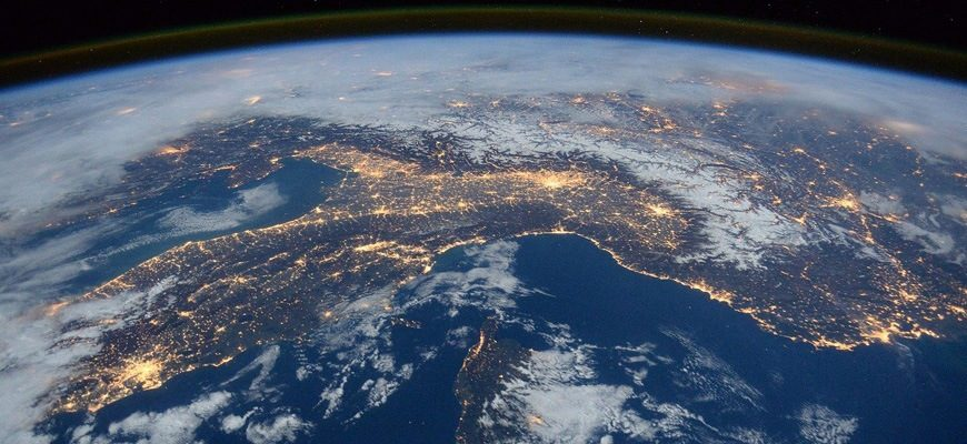 Масса Земли