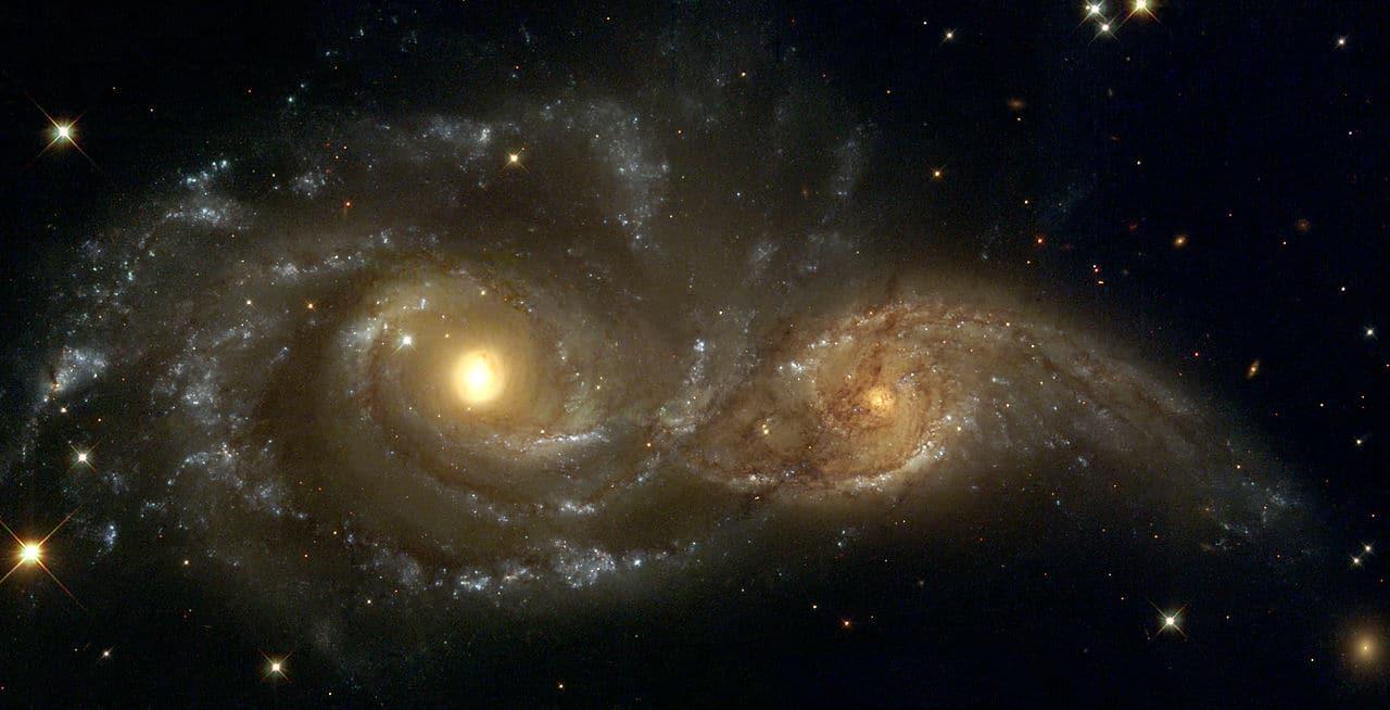 NGC 2207 и IC 2163