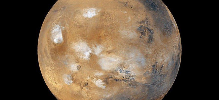 Плотность Марса
